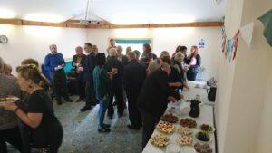 cake crowd